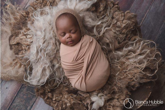 Atlanta GA Newborn Multiples Specialist Photographer