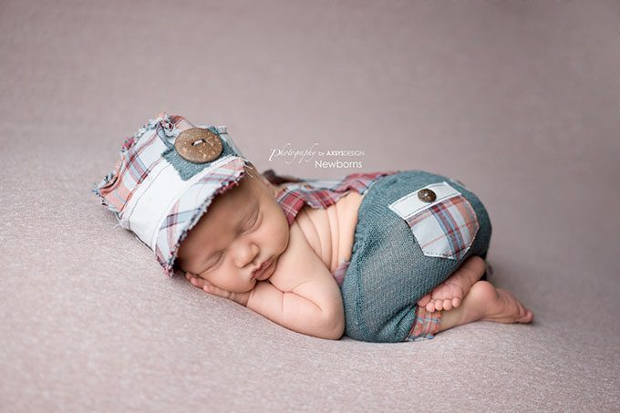 Newborn cloud posing pillow photography